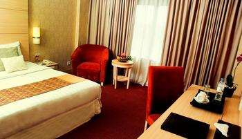 Hotel Horison Makassar - Deluxe Twin Room Hot Deal !!