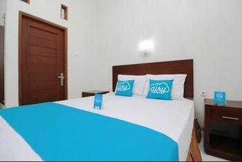 Airy Syariah Alun Alun Kidul Bantul 60B Yogyakarta - Standard Double Room with Breakfast Regular Plan