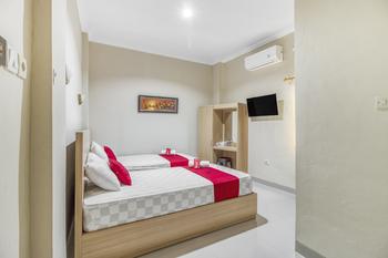 RedDoorz near Jogja National Museum Yogyakarta - RedDoorz Twin Room 24 Hours Deal