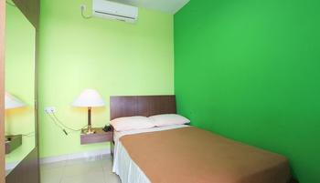 The Nancys Home Stay Pekanbaru - Deluxe Double Promo discount 12% !!
