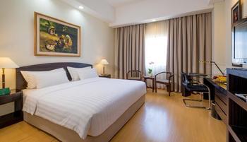 Sintesa Peninsula Palembang - Deluxe King Room Regular Plan