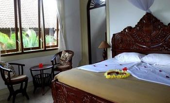 Hibiscus Cottages Bali - Deluxe King Regular Plan