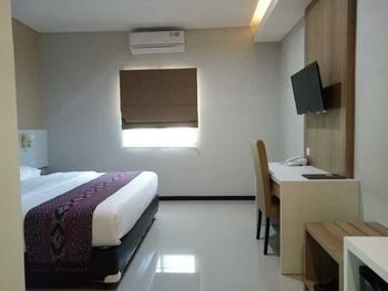 Palm Beach Resort Jepara Jepara - Standard Double Room Only ( 1 Bed ) Weekday Hot Deal