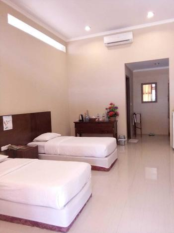 Palm Beach Resort Jepara Jepara - Superior Twin Room Only Weekday Hot Deal