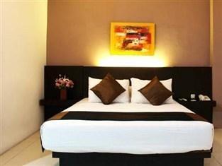 D Season Hotel Surabaya - Busines Double Bed Room Only Regular Plan