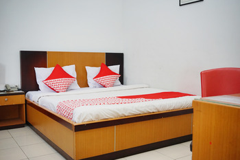 OYO 2291 Hotel Bahagia Makassar - Standard Double Room Regular Plan