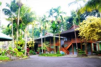 Vila Jatimas Hijau Puncak - Bungalow 4 Bedroom Wood (ROOM ONLY) LONGSTAY 7N