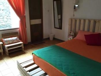 TakeMeHome Guest House Bandung - Double Room Dengan Sarapan Regular Plan