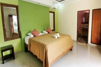 The Tanis Villas & Hotel Lembongan Bali - Standard Triple Room Best Deal