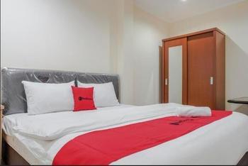 RedDoorz near Roxy Mall Jakarta Jakarta - Promo Room Regular Plan