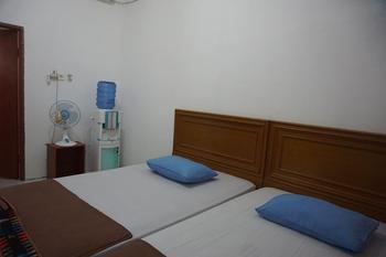 Air Manis Beach House Padang - Standard Twin Room Only Regular Plan
