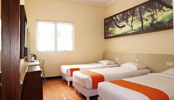 Arra Lembah Pinus Hotel Ciloto - Superior Room Deal of the Day 65%