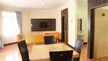 Arra Lembah Pinus Hotel Ciloto - Bungalow 2 Room Only Regular Plan