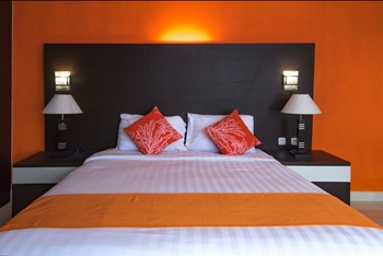 Arra Lembah Pinus Hotel Ciloto Puncak - Deluxe Room Only Regular Plan