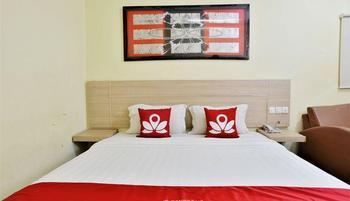 ZEN Rooms Rujia Hotel