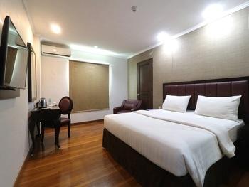 P Hotel Jakarta - Kamar Deluxe Tanpa Sarapan Last Minute Deal