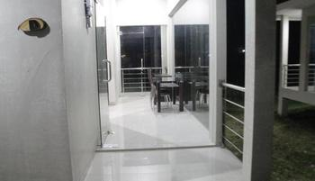 Kampong Nelayan Resort Situbondo - VIP Room Regular Plan