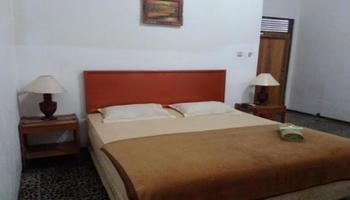 Tunjung Nyaho Guesthouse Palangka Raya - Superior Double Room Regular Plan