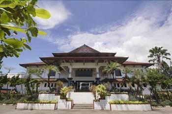 Bahari Inn