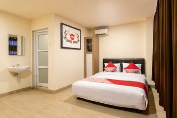 OYO 786 Sutomo Guest House