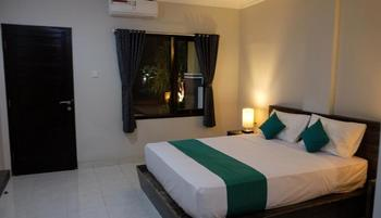 Delali Guest House Bali - Romantic Room - Room Only Min Stay 2N