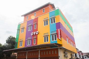 OYO 1052 Sentosa Jaya Guest House