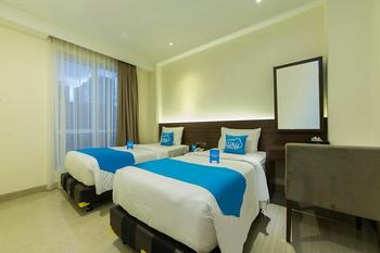 Airy Boulevard Ahmad Yani 17 Manado - Superior Twin Room with Breakfast Regular Plan