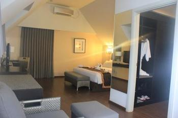 Hakaya Plaza Hotel Balikpapan - Mezanine Room Regular Plan