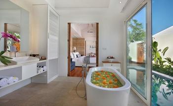 Aleva Villa Bali - Villa Satu Kamar Romantis dengan Kolam Renang Pribadi  Basic deal 50%
