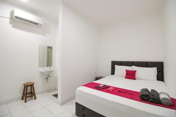 RedDoorz @ Ruko ITC Roxy Mas Jakarta - RedDoorz SALE 125k Regular Plan
