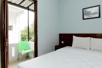 Grand Surya Hotel Yogyakarta - Kamar Deluxe Balcony MINIMUM STAY 2 NIGHTS