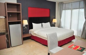 Centro Hotel  Batam - Studio Deluxe Balcony HOT Deal Promo !