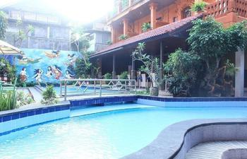 Lumbung Sari Beach Inn
