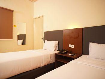 Hotel Winer Palembang -  Standard Twin Regular Plan