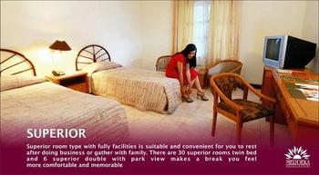 Hotel Merdeka  Kediri - Superior Twin Room Only Promo