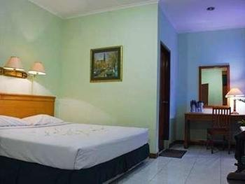 Griya Patria Guest House Jakarta - Standard Double Room Only Long Stay Discount