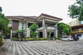 OYO 282 Putri Utari Guest House