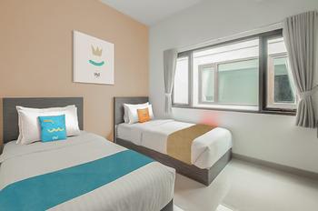 Sans Hotel Widarasari Cirebon Cirebon - Superior Twin Room Basic Deal