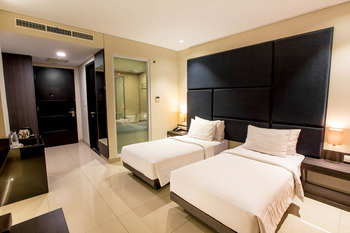 Hotel Grandia Bandung - Deluxe Twin Bed Room Only WEEKEND DEAL