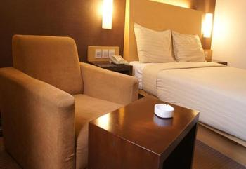 Simpang Lima Residence Semarang - Deluxe Room Regular Plan