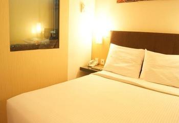 Simpang Lima Residence Semarang - Standard Room Regular Plan