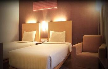 Simpang Lima Residence Semarang - Deluxe Room Only Promo Jamu
