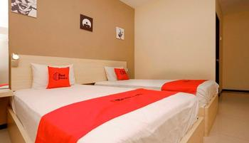 RedDoorz Plus near Sam Po Kong Semarang - RedDoorz Room Regular Plan