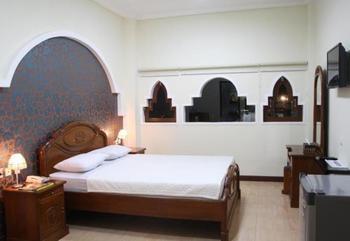 Hotel Lingga Bandung - Deluxe Room With Breakfast (Syariah) Regular Plan
