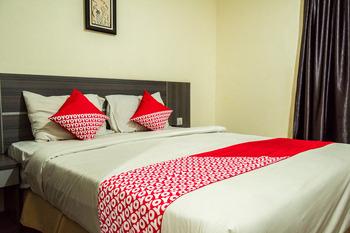 OYO 625 Hotel Golden Gate Batam - Standard Double Room Regular Plan