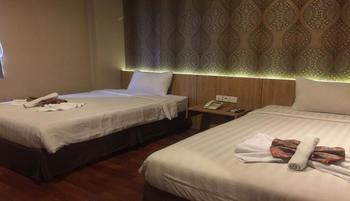 The Venesia Hotel Tangerang Selatan - Superior Twin Regular Plan