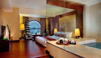 Grand Aston City Hall Hotel & Serviced Residences Medan - Aston Spa with Breakfast Regular Plan