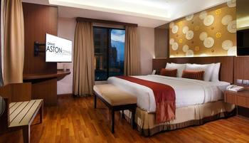 Grand Aston City Hall Medan - Junior Suite Room Regular Plan