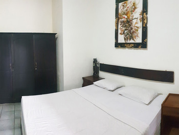 OYO 3244 Grand Chandra Hotel Bali - Standard Double Room Regular Plan