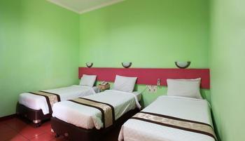 Hotel Desa Wisata Jakarta - Studio Room For 3 LIMITED TIME DEAL